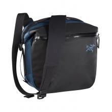 Arro 8 Shoulder Bag by Arc'teryx in Little Rock Ar