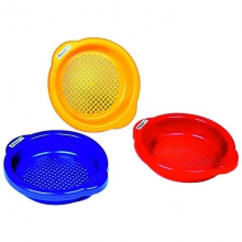 Small Sand Sieve by HABA
