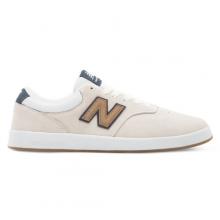 424 Men's Court Classics Shoes by New Balance
