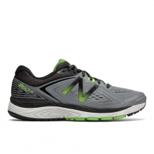 860v8 Men's Recently Reduced Shoes by New Balance in Victoria Bc