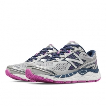 New Balance 840v3 Women's Neutral Cushioned Shoes by New Balance in Kelowna Bc