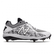 Pedroia 4040v4 Men's Baseball Shoes by New Balance