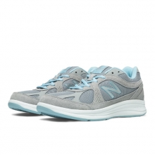 877 Women's Walking Shoes by New Balance in Victoria Bc