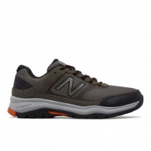 669 Men's Trail Walking Shoes by New Balance