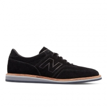 1100 Men's Walking Shoes by New Balance