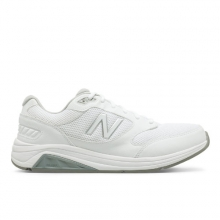 928v3 Men's Walking Shoes by New Balance