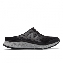 Sport Slip 900 Men's Walking Shoes by New Balance in Williston VT