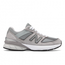 Made in US 990 v5 Women's Classic Sneakers Shoes by New Balance in Las Vegas NV