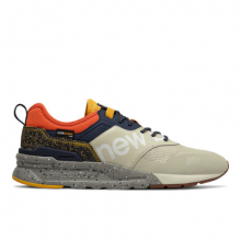 997H Spring Hike Trail Men's Classics Shoes by New Balance in Knoxville TN