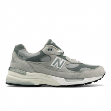 Made in US 992 Men's Made in USA Shoes by New Balance