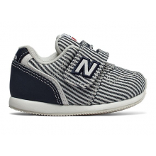 Hook and Loop 996 v2 by New Balance