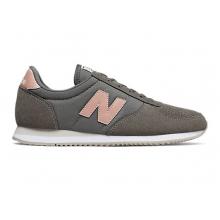220 New Balance by New Balance