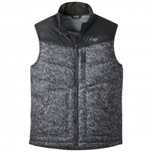 Men's Transcendent Down Vest by Outdoor Research in Penzberg Bayern
