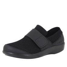 Women's TRAQ Qwik Black Out