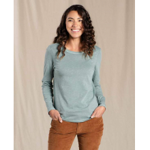 Women's Primo LS Crew by Toad&Co in Squamish BC