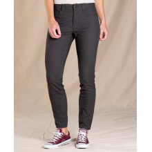 Women's Earthworks 5 Pocket Skinny Pant by Toad&Co in Sioux Falls SD