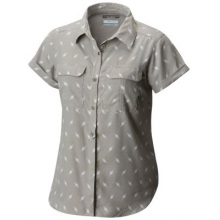 Women's Pilsner Peak Novelty Short Sleeve Shirt by Columbia in Burbank Ca