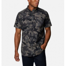 Men's Rapid Rivers Printed Short Sleeve Shirt by Columbia in Loveland CO