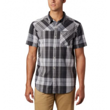 Men's Thompson Hill YD Short Sleeve Shirt by Columbia in Camrose Ab