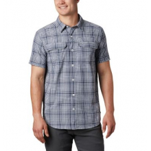 Men's Silver Ridge Ss Seersucker Shirt by Columbia