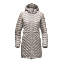 Women's Thermoball Hoodie Prka by The North Face in Highland Park Il