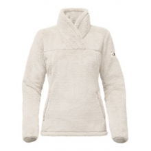 Women's Campshire Pullover by The North Face in Succasunna Nj