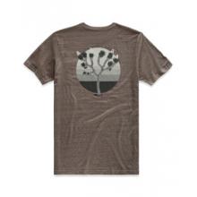 Men's S/S Gradient Desert Tri-Blend Pckt Tee by The North Face in Jonesboro Ar
