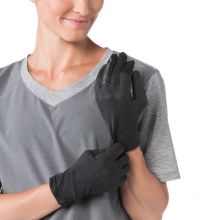 Dash Glove by Brooks Running