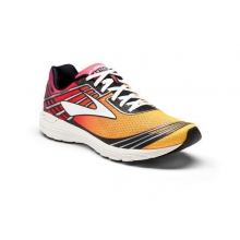 Women's Asteria Running Shoe by Brooks Running in Palazzolo Sulloglio Bs