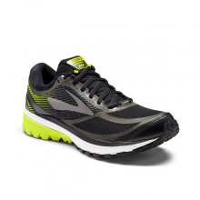 Men's Ghost 10 GTX by Brooks Running in Squamish BC