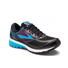 Women's Ghost 10 GTX by Brooks Running in North Vancouver Bc