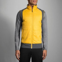 Men's Cascadia Thermal Vest by Brooks Running