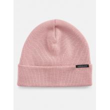√Öre Hat by Peak Performance in Squamish BC