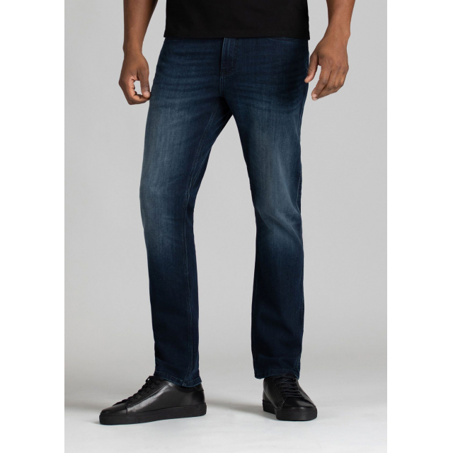 DUER - Men's Performance Denim Relaxed Taper in Sioux Falls SD