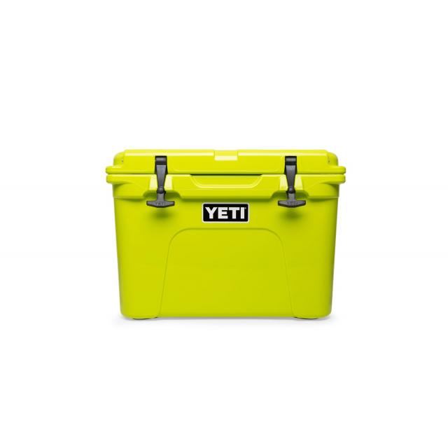 YETI - Tundra 35 Hard Cooler - Chartreuse