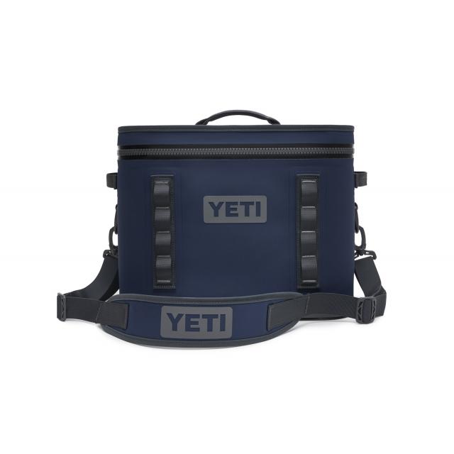 YETI - Hopper Flip 18 Soft Cooler - Navy in St Joseph MI