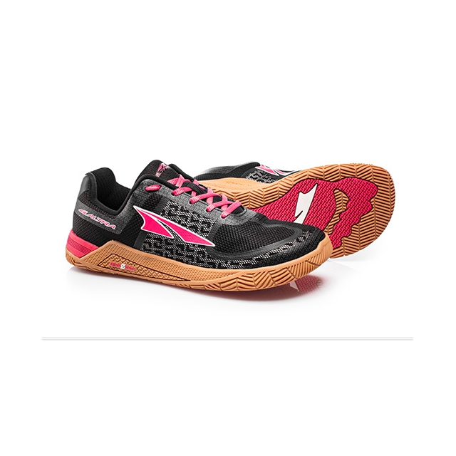 Altra - Women's HIIT XT in Duluth MN