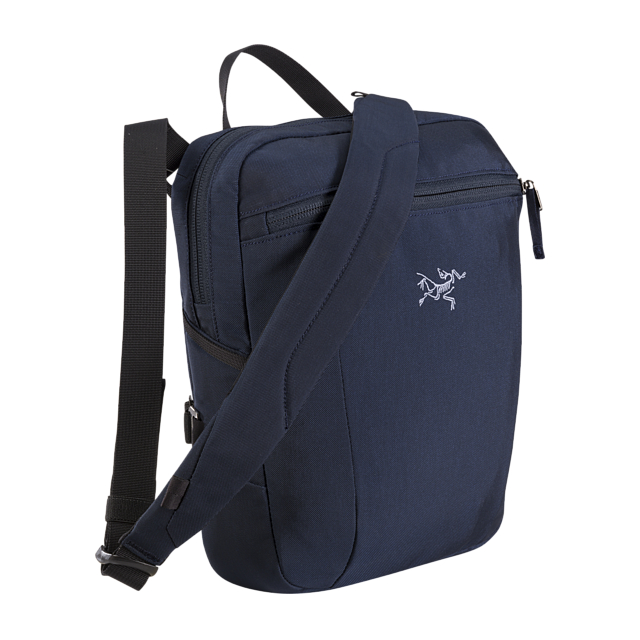 Arc'teryx - Slingblade 4 Shoulder Bag in Iowa City IA