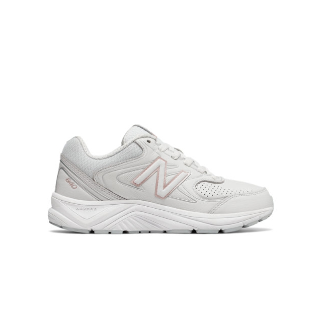 New Balance - 840 v2 Women's Walking Shoes in Highland Park IL