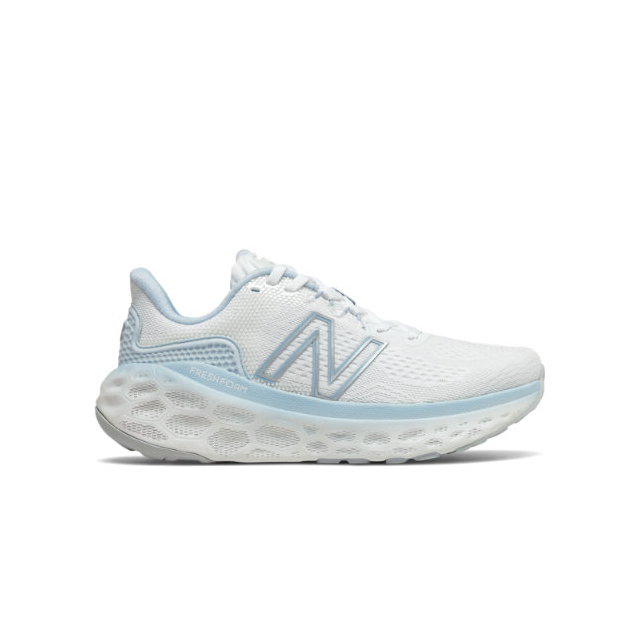 New Balance - Fresh Foam More  v3 Women's Running Shoes in Highland Park IL