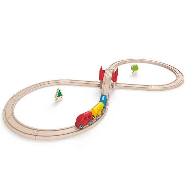 Hape - Figure Eight Railway Set