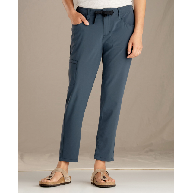 Toad&Co - Women's Jetlite Crop Pant in Sioux Falls SD