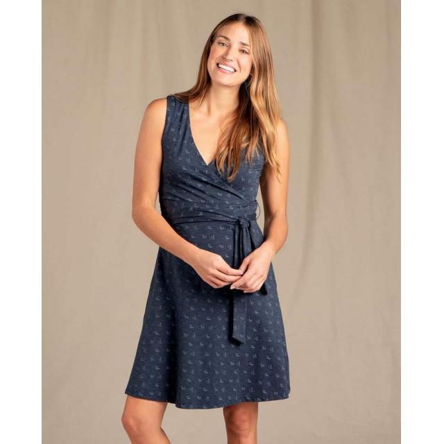 Women's Cue Sleeveless Dress
