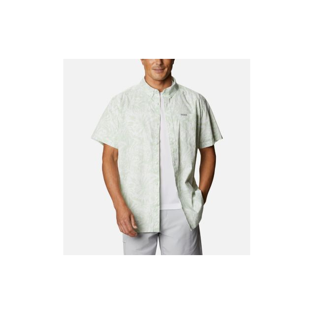 Columbia - Men's Rapid Rivers Printed Short Sleeve Shirt in Chelan WA