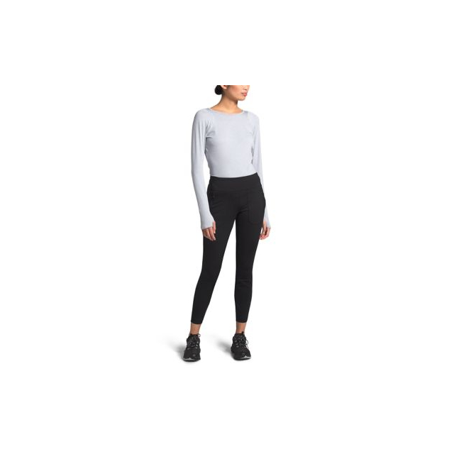 The North Face - Women's Paramount Active Hybrid High-Rise Tight in Alamosa CO