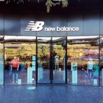 New Balance - The Village Lyon