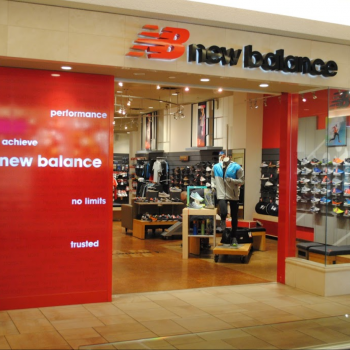 New Balance Bayview Village | Free Shipping Available