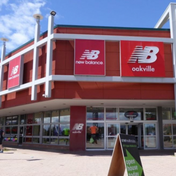 New Balance Oakville | FREE* Shipping & Curbside Pickup