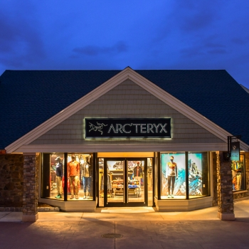Arc'teryx Woodbury Outlet - Temporarily Closed