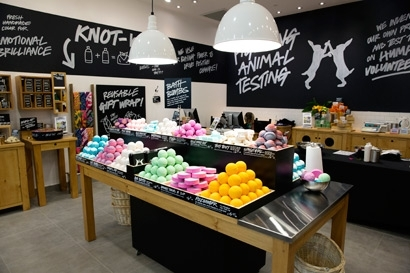 With Kitchen, Lush Expands Its Digital Reach 08/21/2014